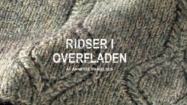 Annette Danielsen har skrevet en bo med strikkeoppskrifter inspirert av Axel Saltos Keramikk.