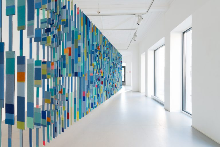 Sørlandets Kunstmuseum. Kunstsilo. May Bente Aronsen, Blå vegg / Blue Wall, 2016, wool felt