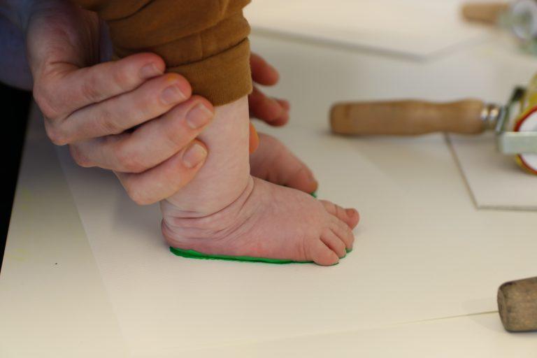 SKMU Baby: Malingsavtrykk av hender og føtter