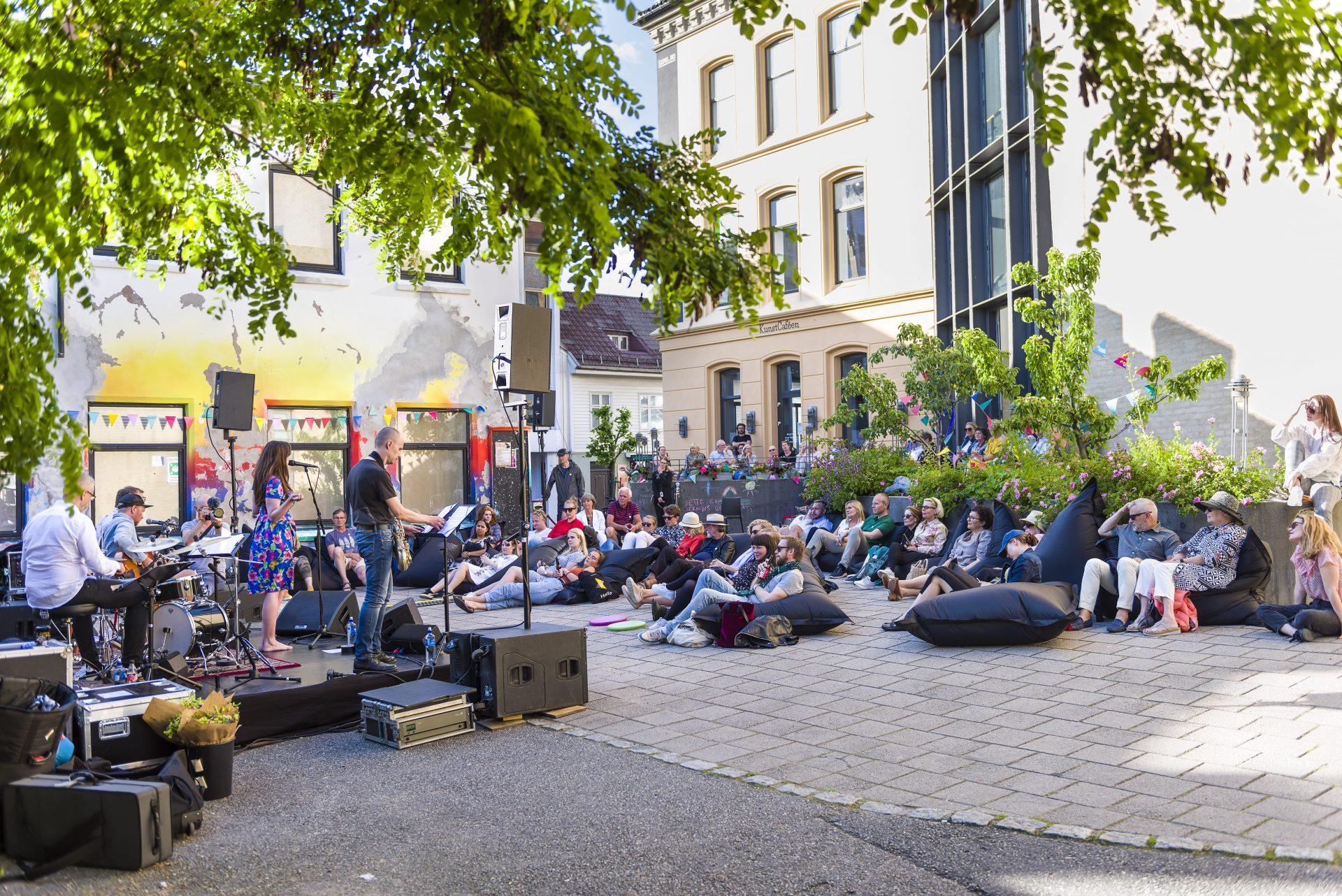 bakgårdskonsert sommer 2019 på sørlandets kunstmuseum