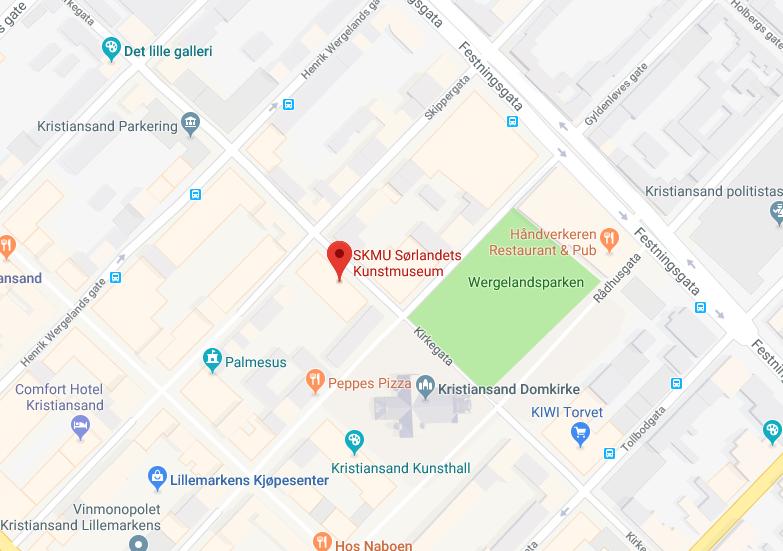 Sørlandets Kunstmuseum ligger i Skippergata 24 B. I dette kartet fra Google kan du se at kunstmuseet ligger midt i hjertet av kvadraturen.
