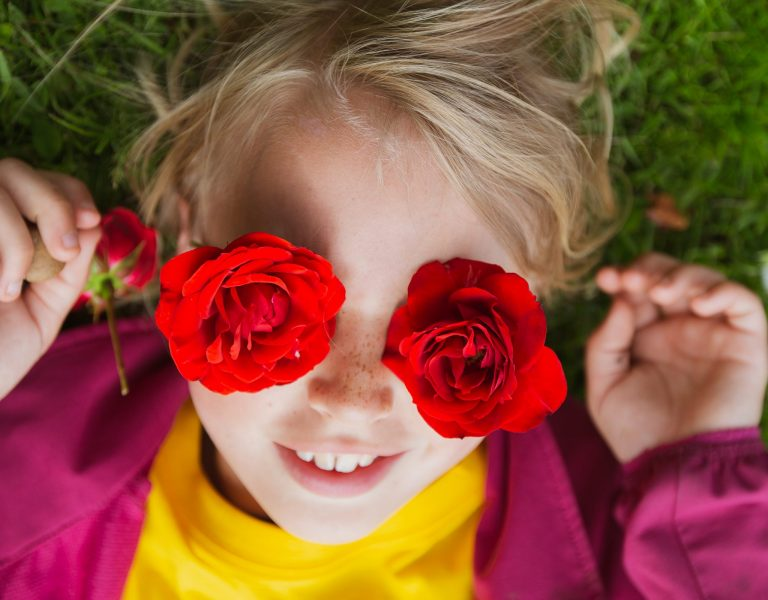 Sommerskolen 2021: Kunstoskopet – Samle, granske, lage, leke