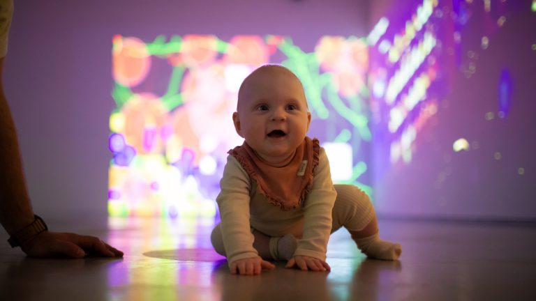 Baby Takeover 26.august: Baby-yoga og polaroidfotografering